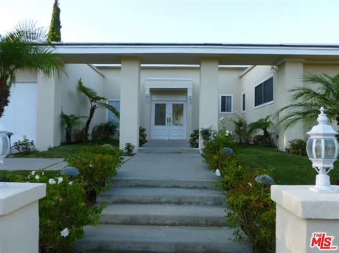 2759 AQUA VERDE Circle, Los Angeles, CA 90077 - Image 1