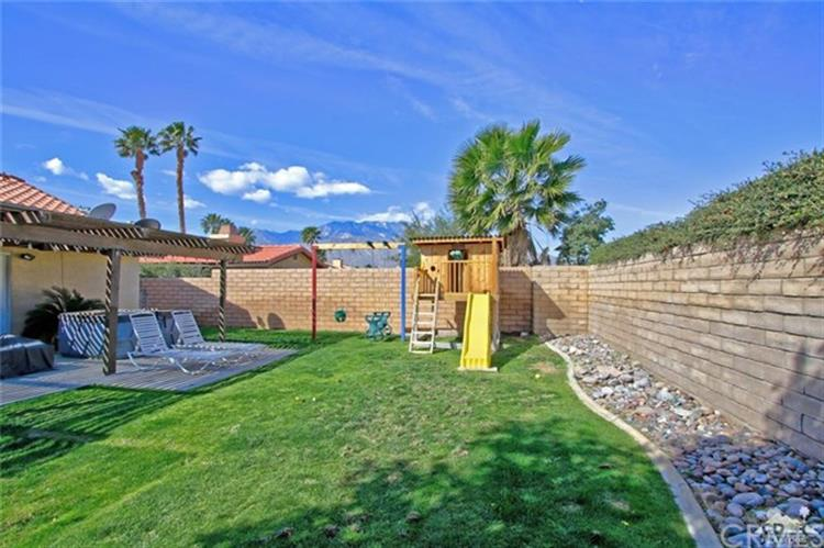 27146 Shadowcrest Lane, Cathedral City, CA 92234