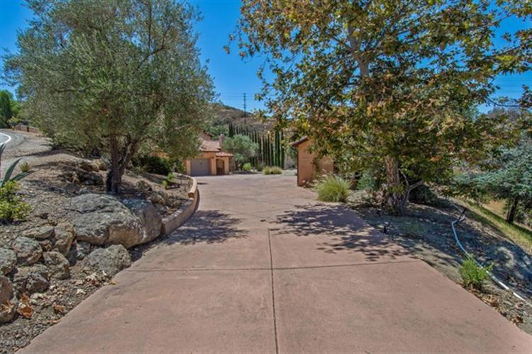 243 Rimrock Road, Thousand Oaks, CA 91361
