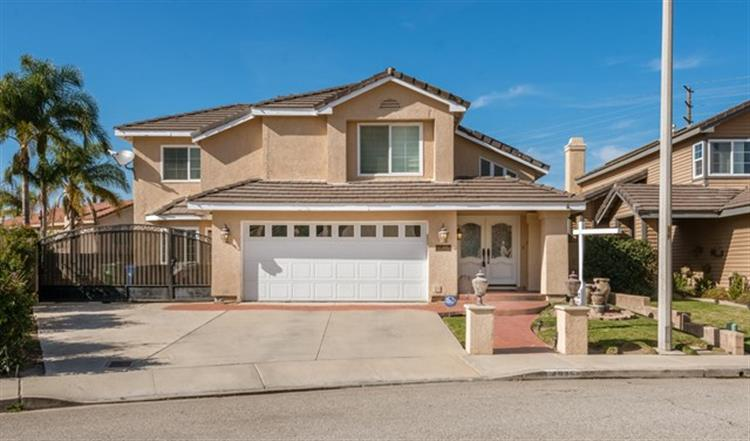 4935 Hollyglen Court, Moorpark, CA 93021