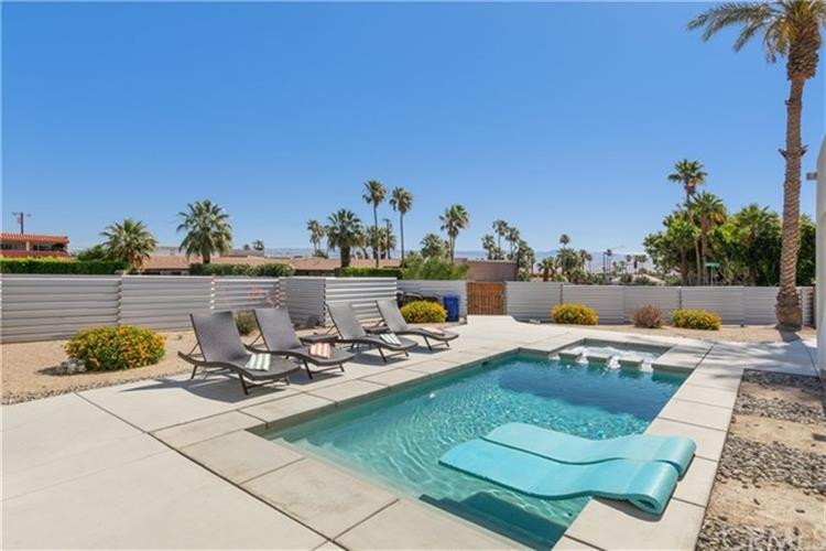2481 N Junipero, Palm Springs, CA 92262
