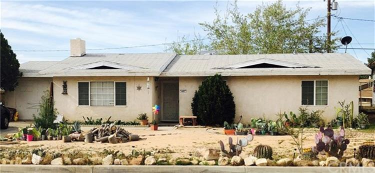 23989 Guajome Road, Apple Valley, CA 92307
