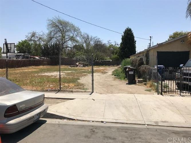 1630 E 117th Street, Los Angeles, CA 90059