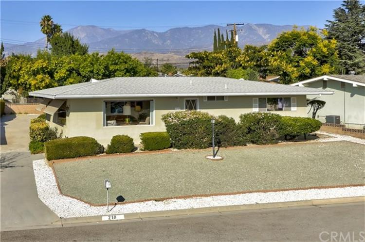 218 Summit View Drive, Calimesa, CA 92320