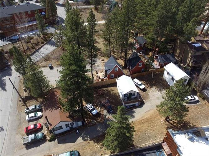 598 Spruce Road, Big Bear, CA 92315