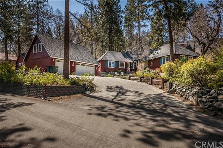 997 Oriole Road, Wrightwood, CA 92397