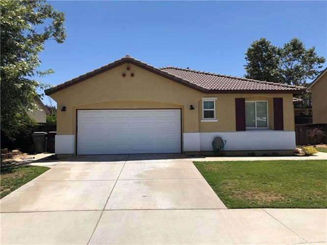 1720 Twin Oaks Court, Beaumont, CA 92223