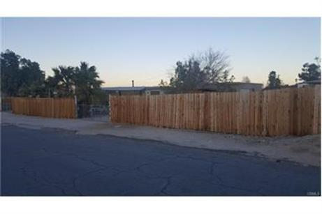 7405 Sherman Hoyt Avenue, 29 Palms, CA 92277