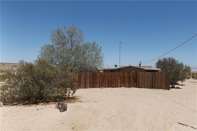 67230 Brant Cross Road, Joshua Tree, CA 92252