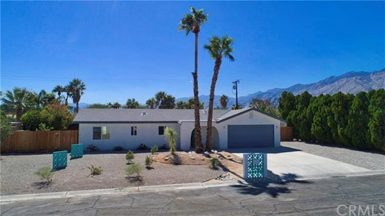2225 E Hildy Lane, Palm Springs, CA 92262