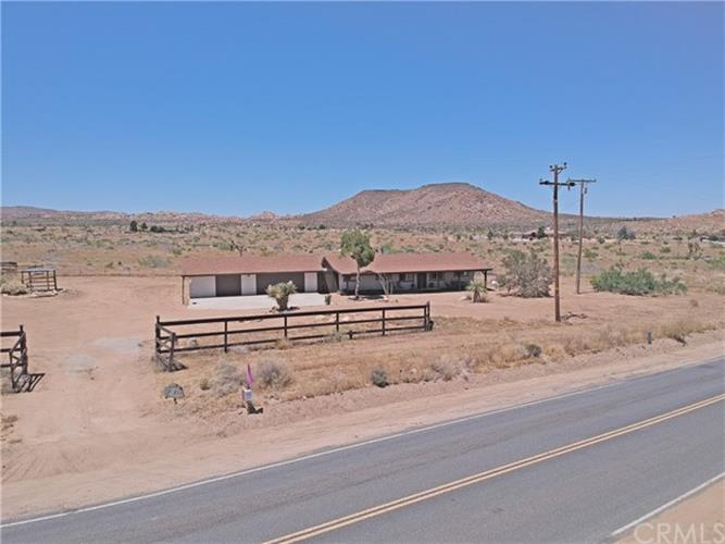 52740 Pipes Canyon Road, Pioneertown, CA 92268 - Image 1