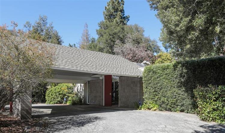 834 Cedro Way, Stanford, CA 94305