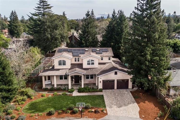 858 Hierra Court, Los Altos, CA 94024
