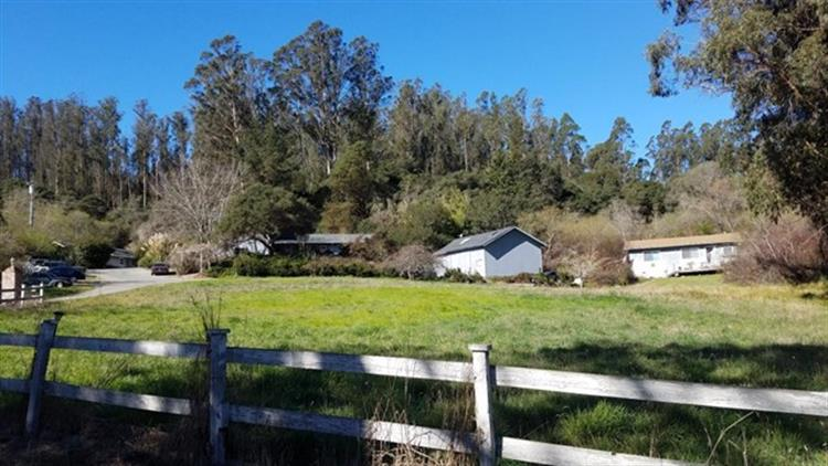 260 Big Tree Lane, Watsonville, CA 95076