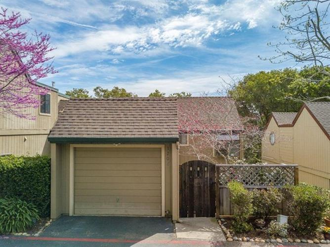 3208 Stockbridge Lane, Santa Cruz, CA 95065