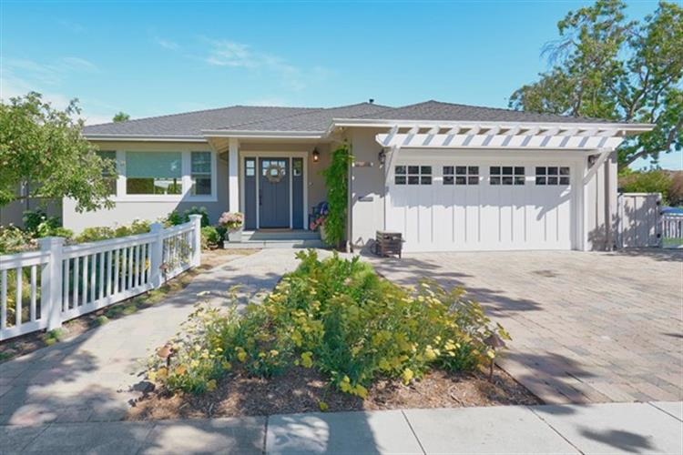 1935 Goodwin Avenue, Redwood City, CA 94061