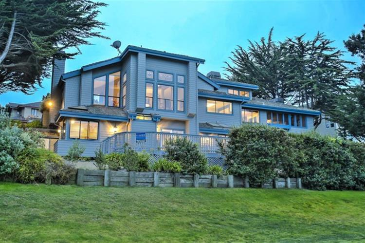 15 Ashdown Place, Half Moon Bay, CA 94019 - Image 1
