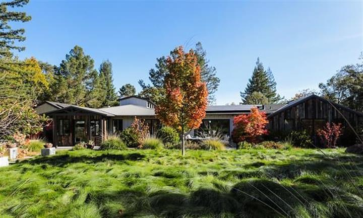 55 Stonegate Road, Portola Valley, CA 94028