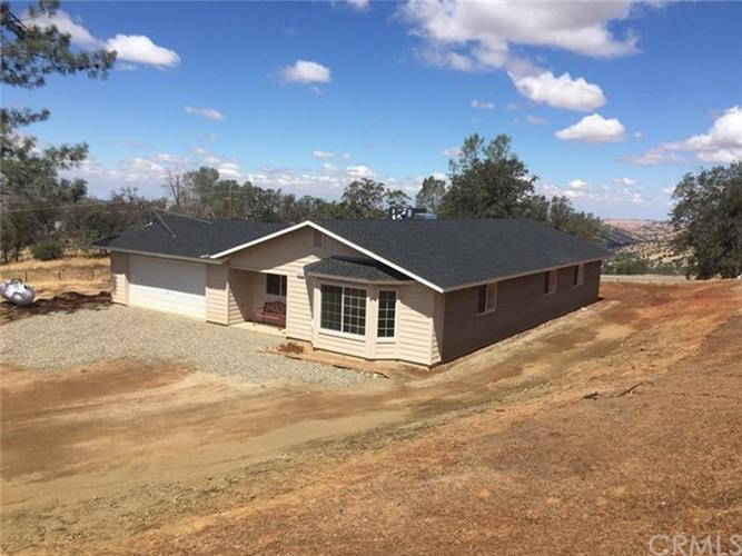 4912 Tanager Lane, Catheys Valley, CA 95306