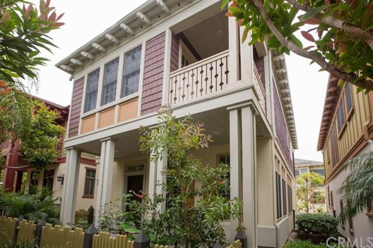 2606 bungalow place corona del mar ca 92625 mls for Bungalows dentro del mar