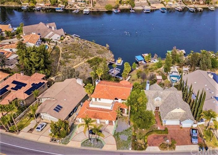 22480 Canyon Lake Drive S, Canyon Lake, CA 92587