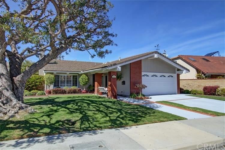 19951 Felcliff Lane, Huntington Beach, CA 92646