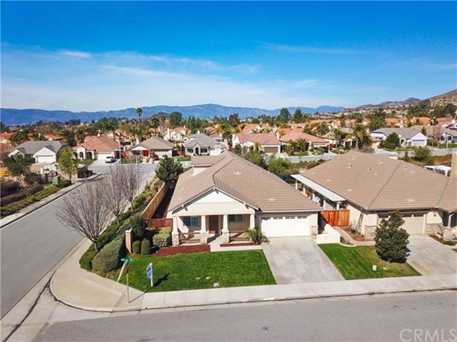 36351 Bur Oaks Avenue, Murrieta, CA 92562
