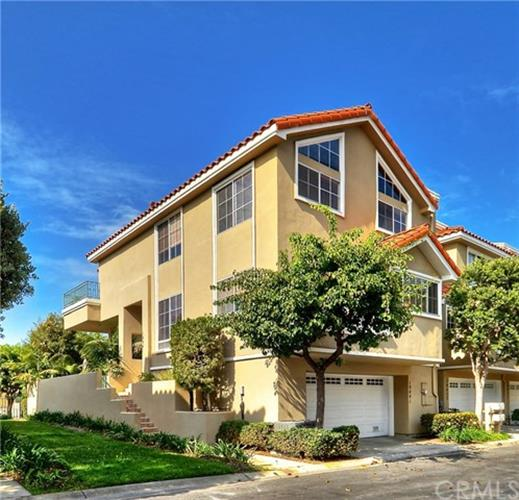 19441 Macgregor Circle, Huntington Beach, CA 92648