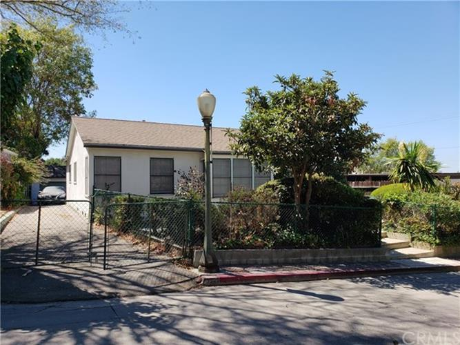 3922 Melbourne Avenue, Los Angeles, CA 90027