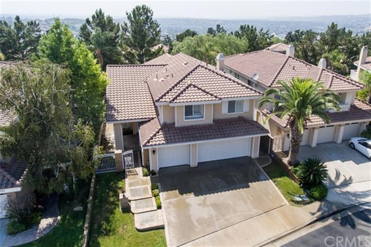 535 S Morningstar Drive, Anaheim Hills, CA 92808