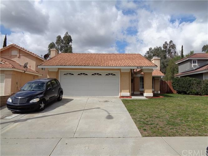 9795 Sycamore Canyon Road, Moreno Valley, CA 92557