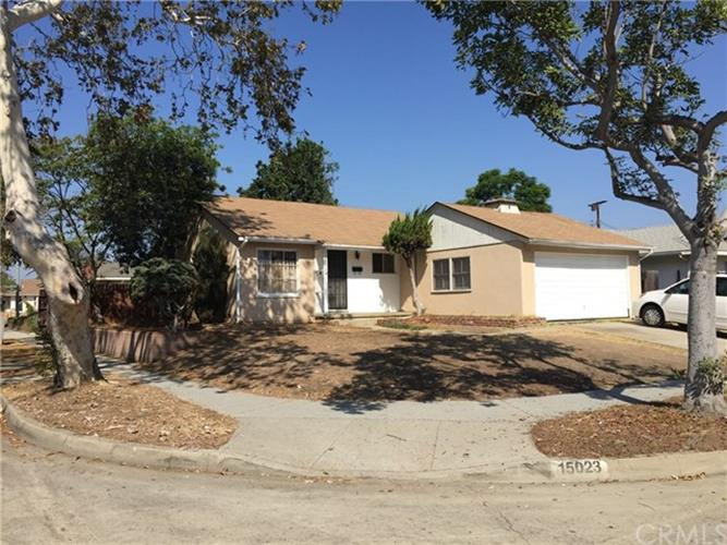 15023 Fonthill Avenue, Hawthorne, CA 90250