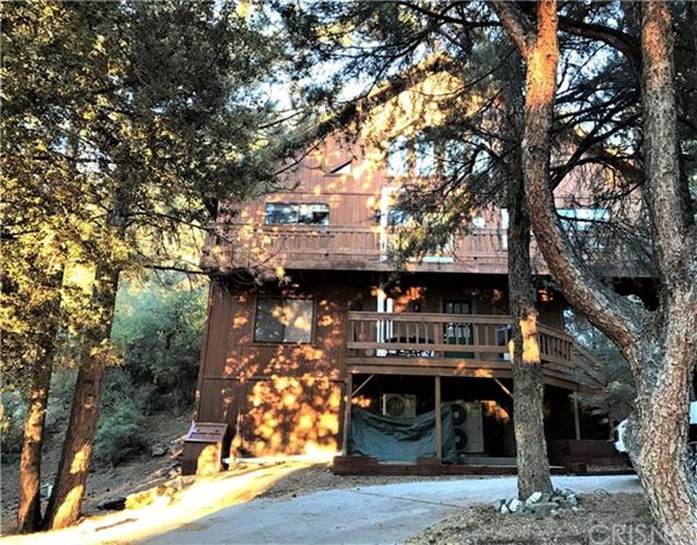 1812 Poplar Way, Pine Mountain Club, CA 93222