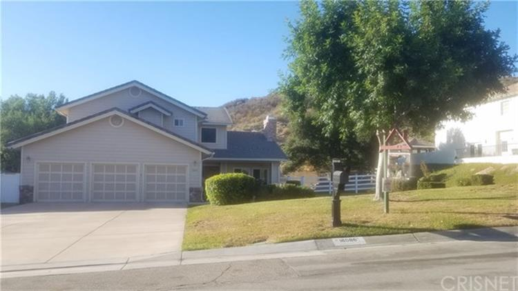 16086 Comet Way, Canyon Country, CA 91387