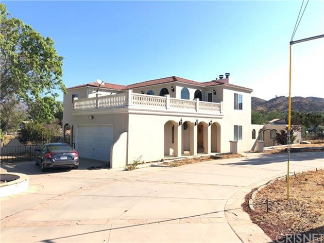 10535 Escondido Canyon Road, Agua Dulce, CA 91390