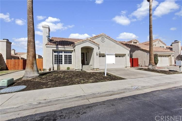 2245 Mark Avenue, Palmdale, CA 93550