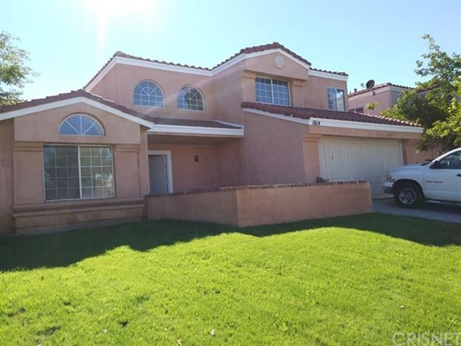 1814 Apricot Dr., Palmdale, CA 93550