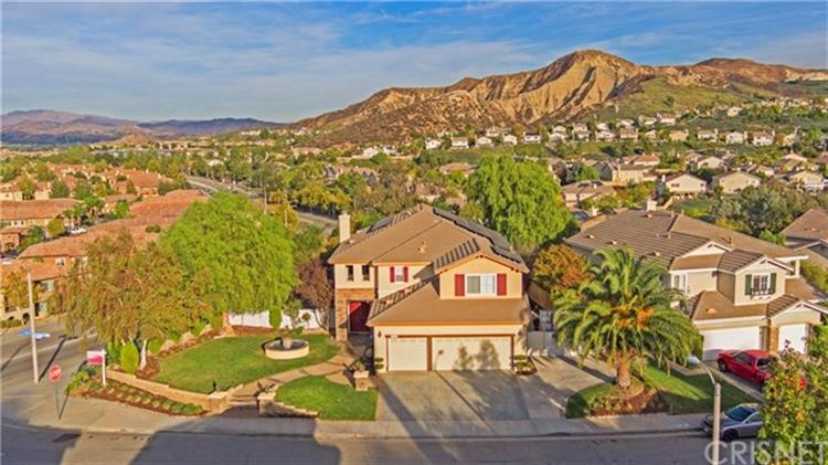 26536 Brant Way, Canyon Country, CA 91387