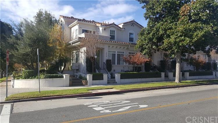 101 N KENNETH Road, Burbank, CA 91501 - Image 1