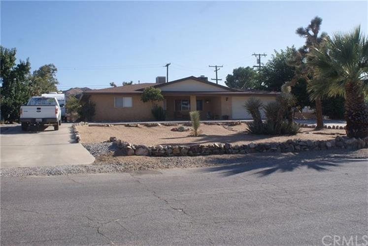 56707 Mountain View Trail, Yucca Valley, CA 92284