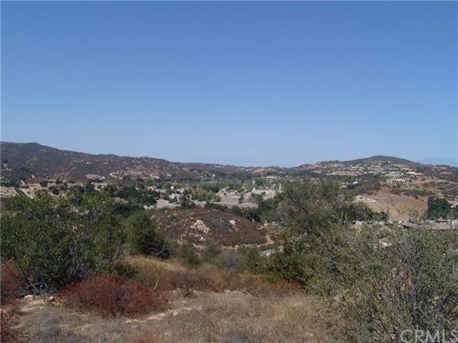 17 Vista del Bosque, Murrieta, CA 92562
