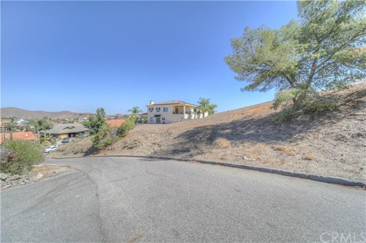 22922 Gold Rush Place, Canyon Lake, CA 92587 - Image 1
