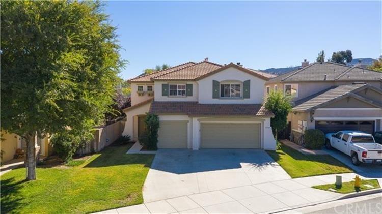 32543 Bramble Court, Lake Elsinore, CA 92532