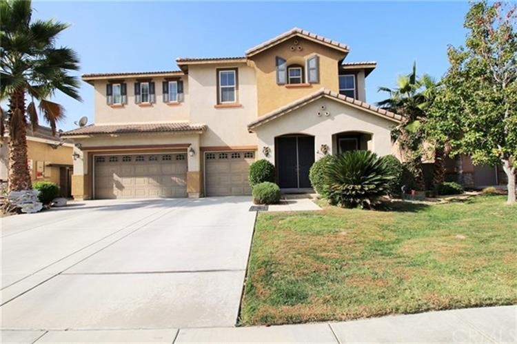 30257 Lamplighter Lane, Menifee, CA 92584
