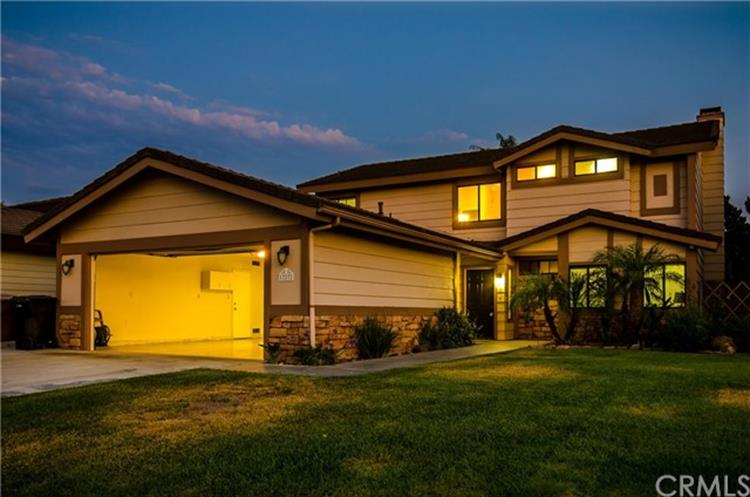 17272 Brooklyn Ave., Yorba Linda, CA 92886