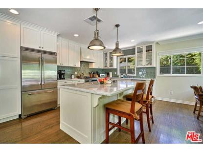 8871 ST IVES Drive, Los Angeles, CA