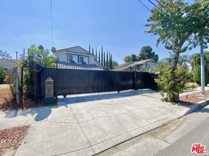 7043 Corbin Avenue Winnetka, CA MLS# 20614060