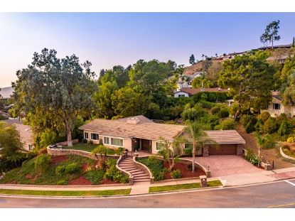 651 Camino Manzanas  Thousand Oaks, CA MLS# 220009856