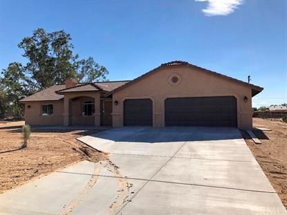 11638 Redwood Avenue, Hesperia, CA
