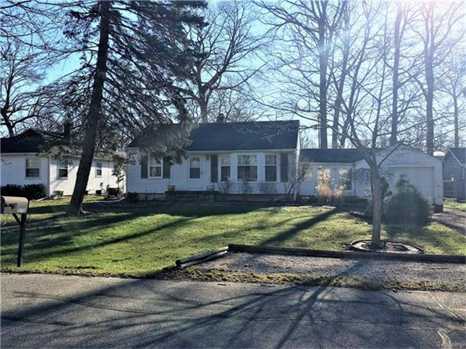 singles in grosse ile View available single family homes for sale and rent in grosse ile, mi and connect with local grosse ile real estate agents.